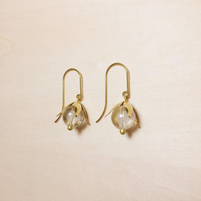 復古黃銅花瓣透明果實耳環