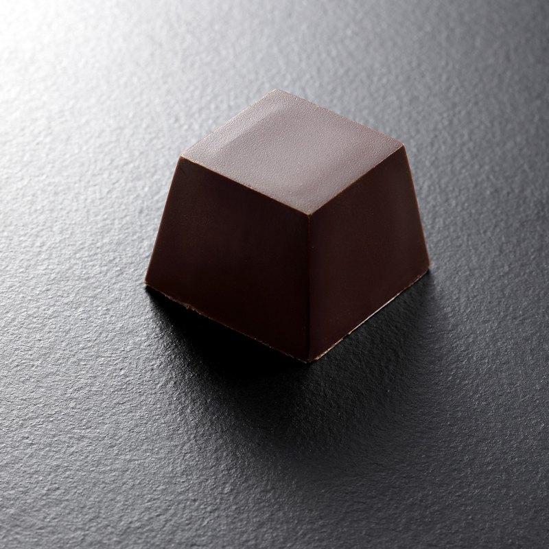 售罄請先預訂焦糖 CARAMEL-chocolat R 焦糖手工巧克力 (4入/盒)