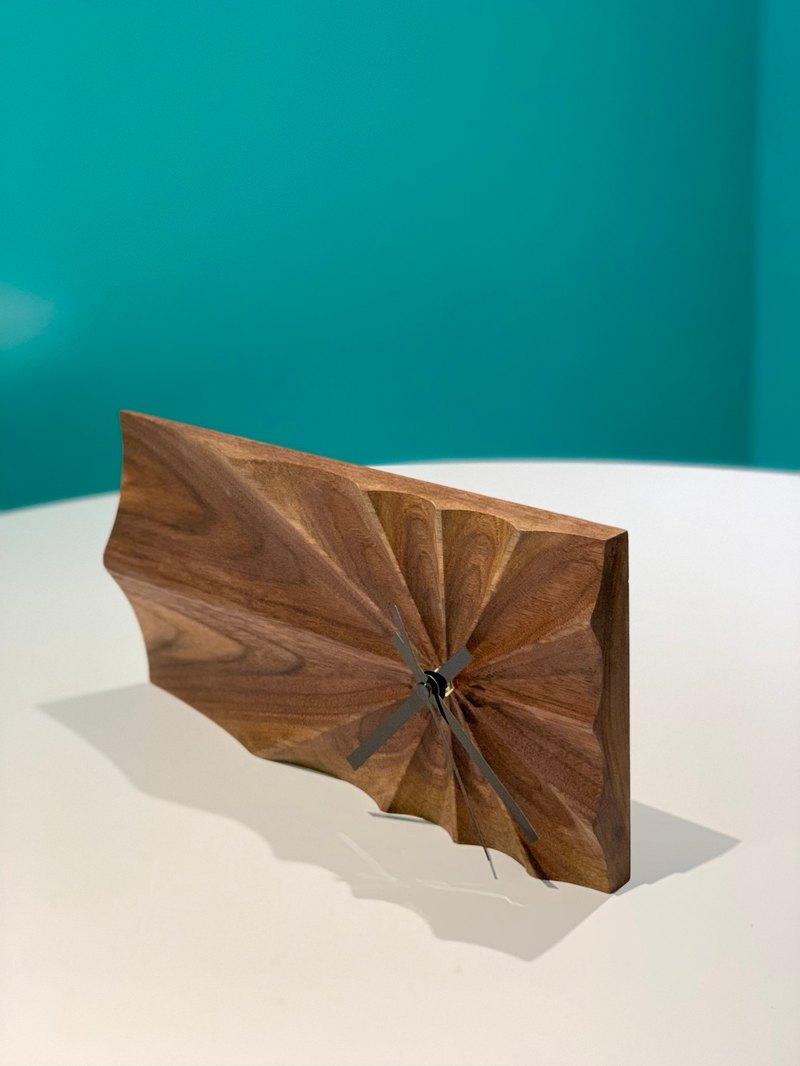 木製手工原創自家品牌CNC科技原木設計座枱時鐘