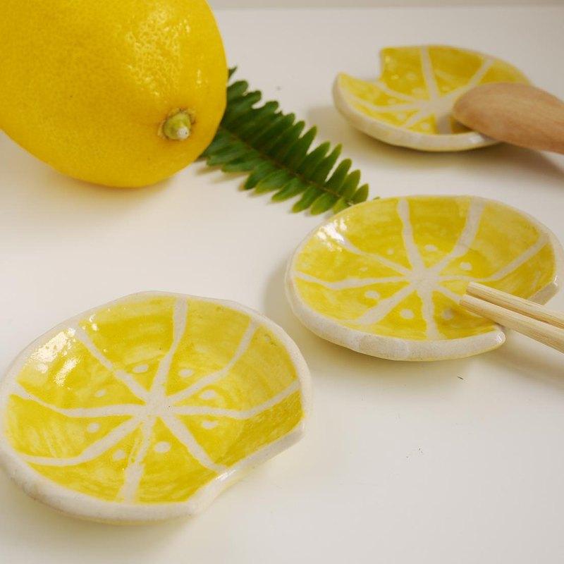 可以把筷子和勺子放在一起的筷子架[檸檬]/水果的餐具架[檸檬]