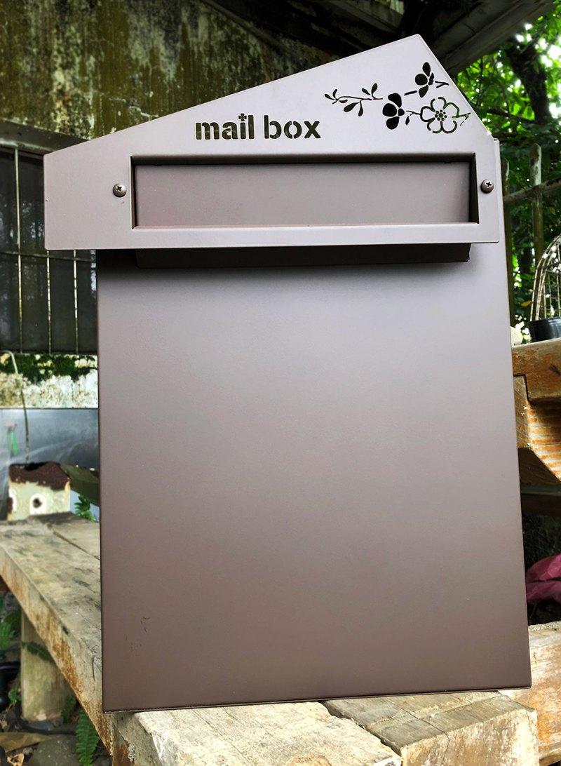 花意 設計款不鏽鋼崁入式信箱 銳利式幾何風格與柔軟的相會 埋入式信箱日式質感風 嵌入式坎入式 頂極耐用無畏風雨