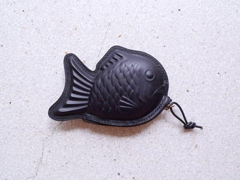 手工縫製黑色手染鯛魚燒皮革零錢包