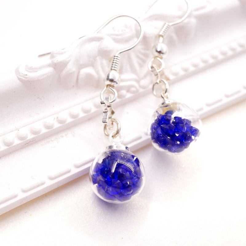 A Handmade 深藍色水晶玻璃球垂吊耳環