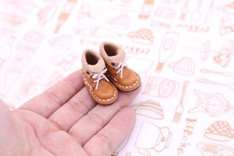小皮靴|馬龍
