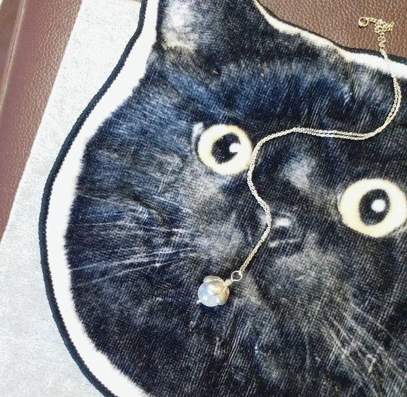 10mm 藍光月亮石 鍍銀花扥, 925 純銀頸鍊 10mm moonstone 925 silver necklace