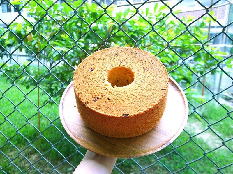 蘭姆葡萄戚風蛋糕 / 訂購前請先詢問日期