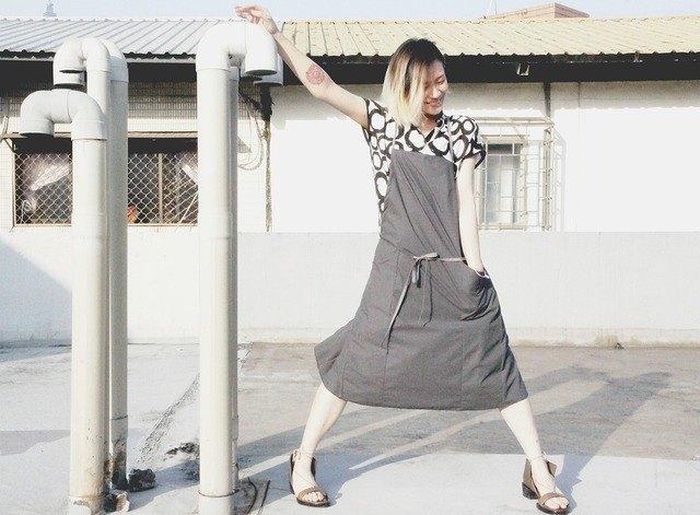 minimal 職人圍裙 -- 水泥色防潑水風衣材質