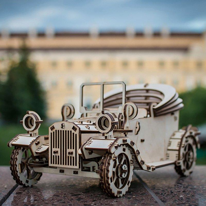 手作動力模型 德式經典老爺車 木製組合可動玩具