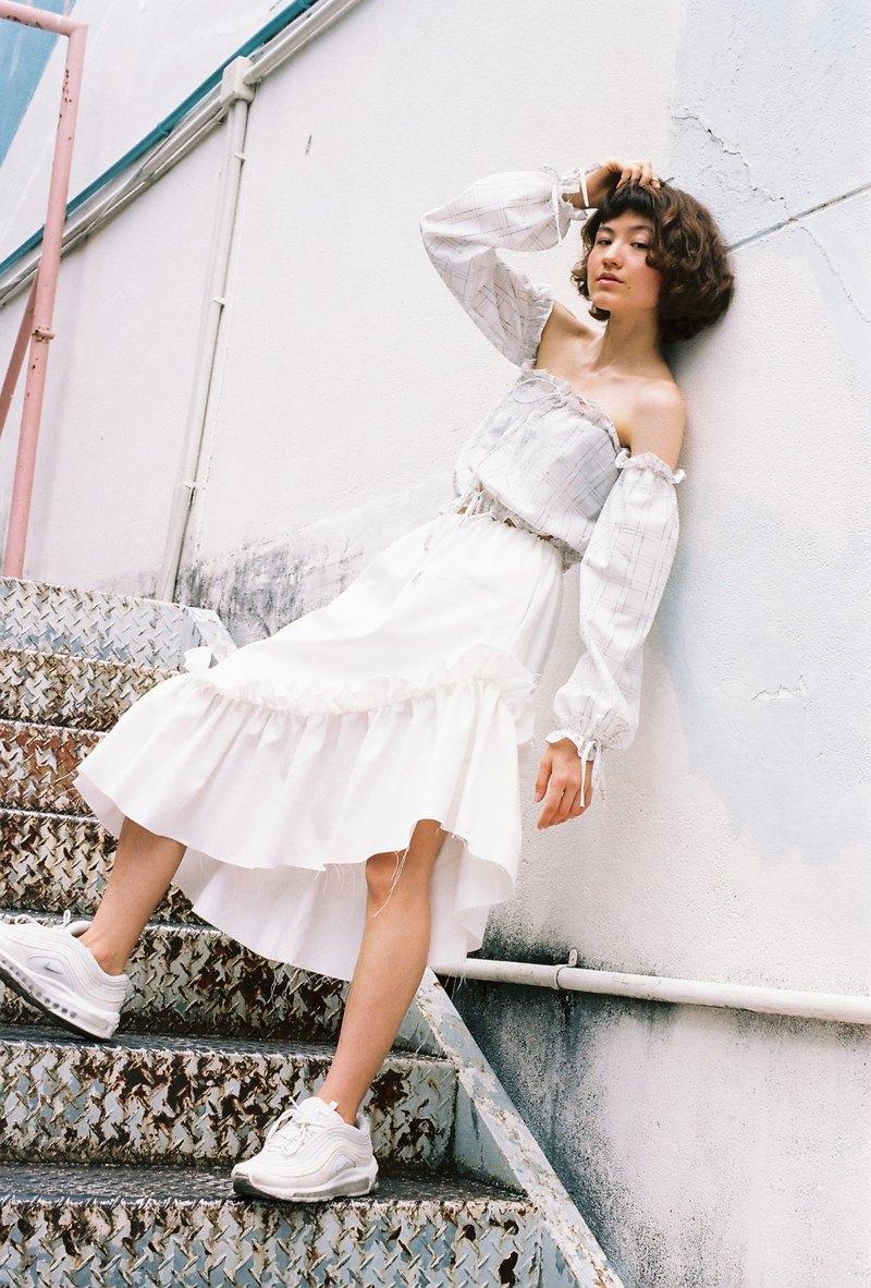 Senorita 半身裙(白色牛仔)