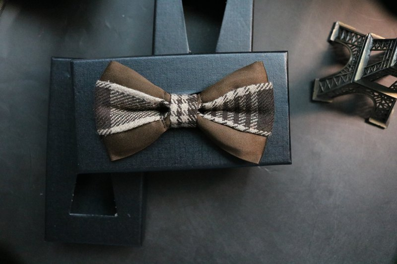 褐色麂皮拼接格纹领结英伦风蝴蝶结