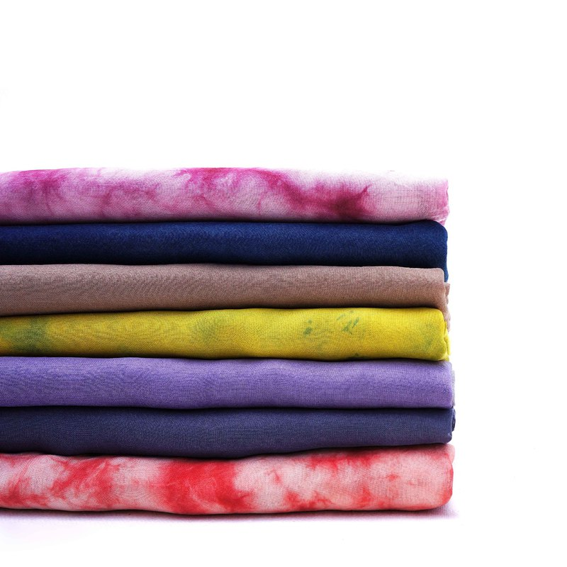 卓也藍染-植物染雪紡圍巾