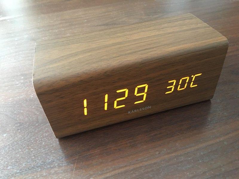 Karlsson, 木紋LED鬧鐘 Alarm clock Block wood veneer dark