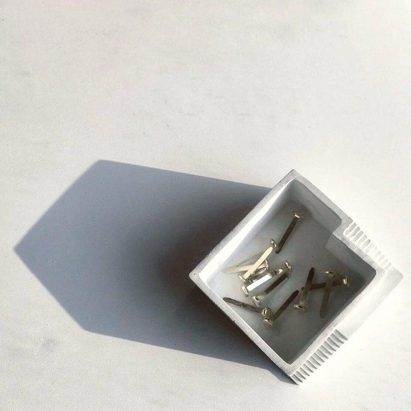 樓梯置物盒