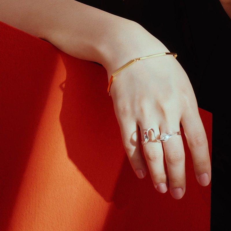 純銀曲線珍珠戒指 Silver Espacio Ring
