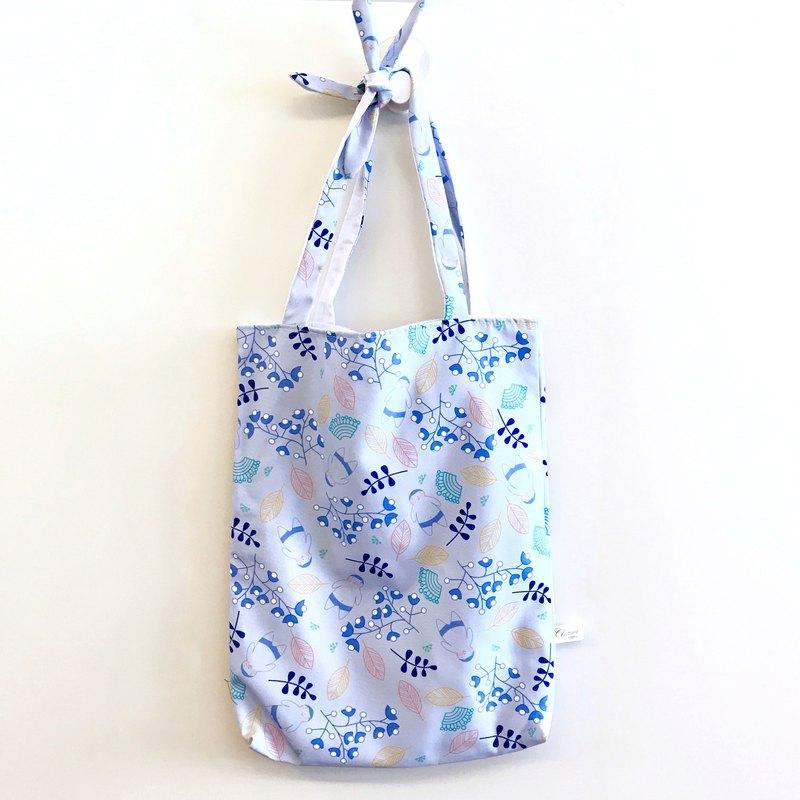 肥仔樂 TOTEFAT - M號 – 肥仔樂的的花花世界(粉藍)