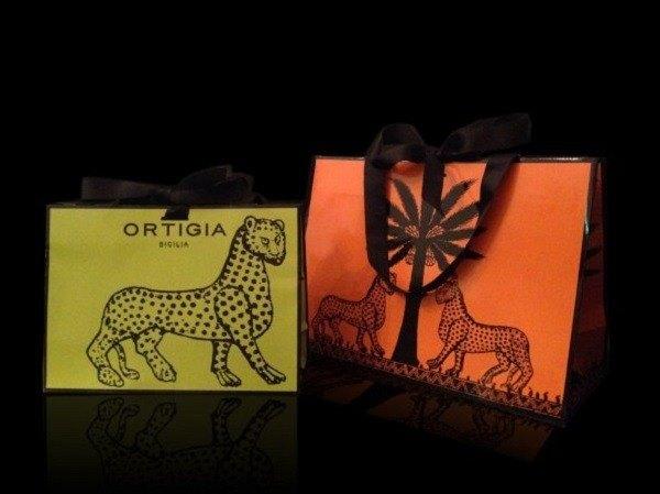 歐媞迦 Ortigia 狂野奔放豹紋設計 黑緞帶手提禮物袋/萊姆綠(中)