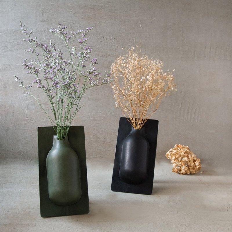 展示偏愛65折區 黑色半形花器002 手工真皮 皮革花器 SHAPING系列