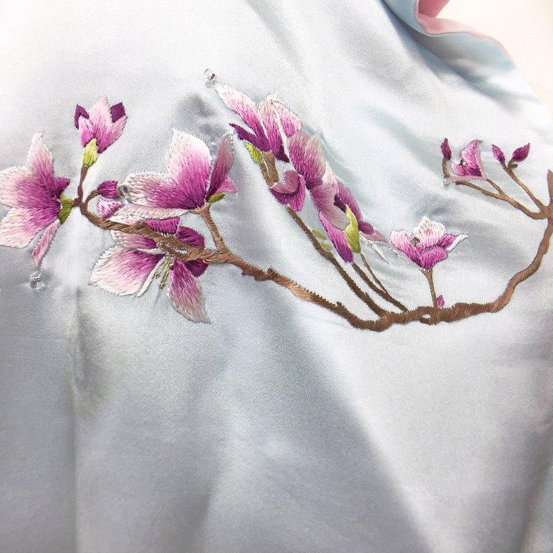 紫荊花真絲圍巾 香港代表 刺繡 釘珠 日本風格絲巾 新年絲巾