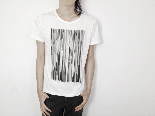 I . A . N Design 訊號  有機棉短袖T Organic Cotton