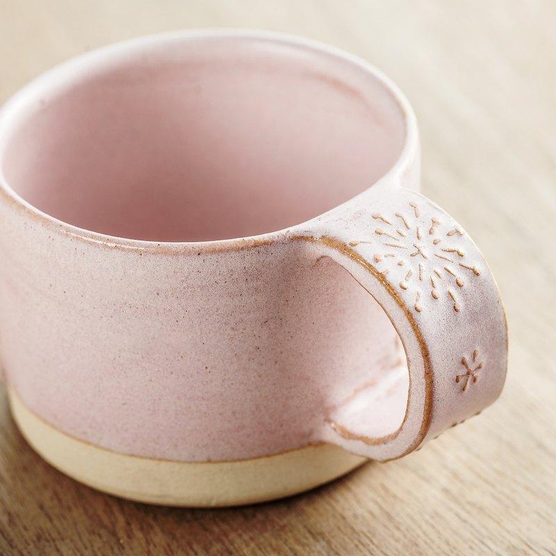春漫野花 - 法式甜美浮雕 ArtDeco咖啡杯 (蒲公英/粉)