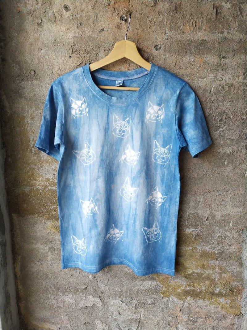 自在染isvara  藍染友善大地純棉T-shirt  日常貓系列 黑黑與白白