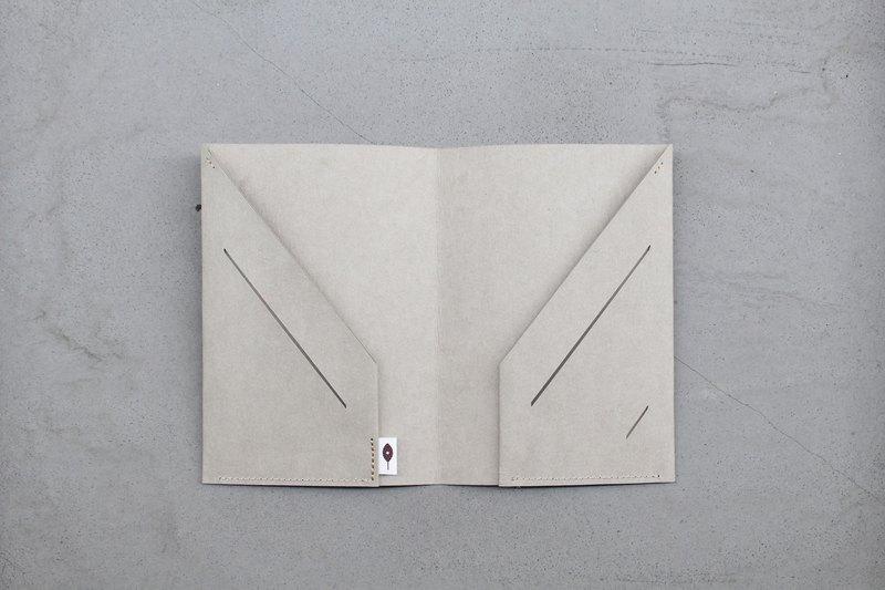 自由旅行 護照套 - 石青 / 附sim卡針