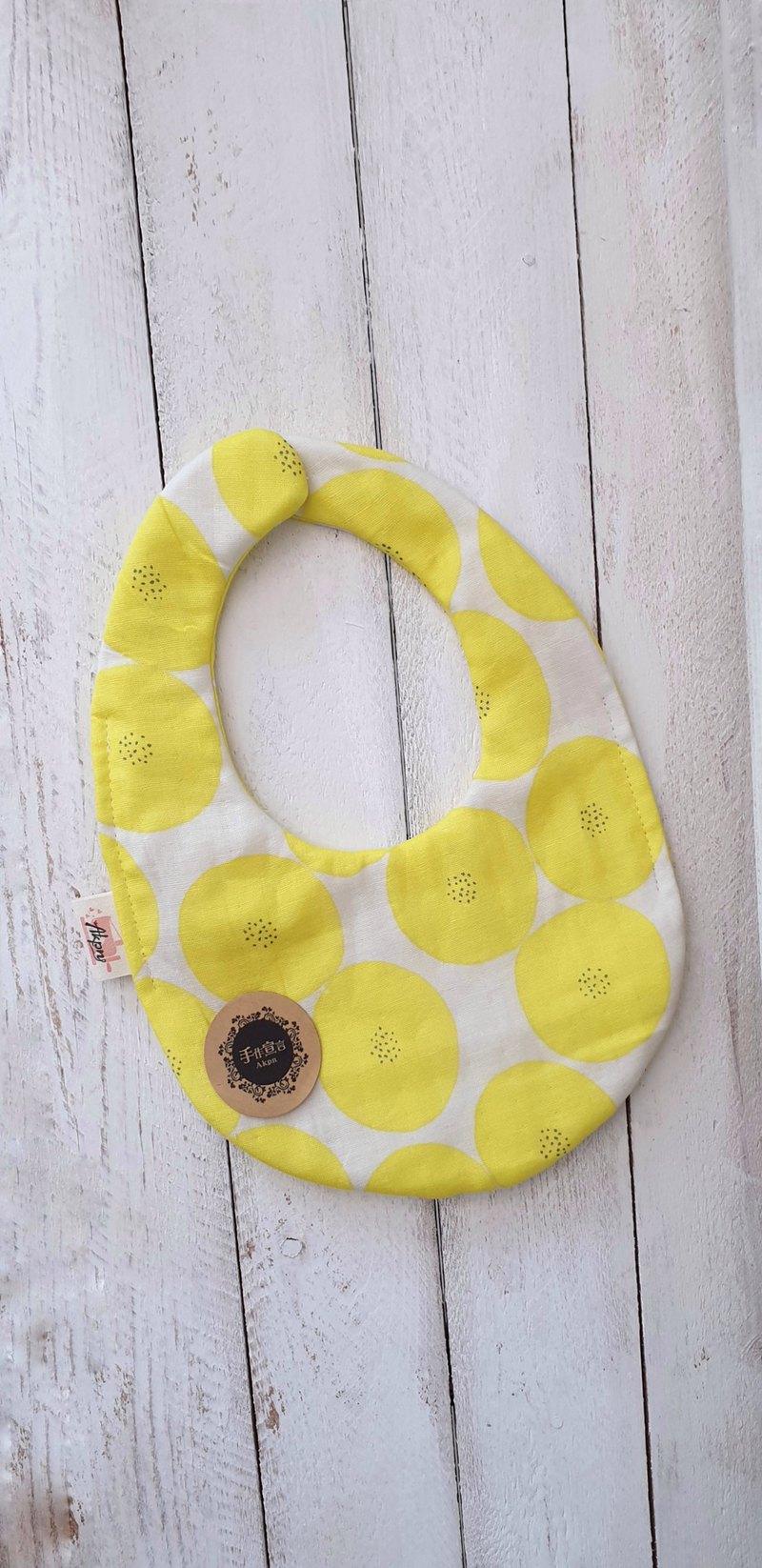 日本設計師布-紅豆麵包-黃-八層紗100%cotton蛋型圍兜.口水巾
