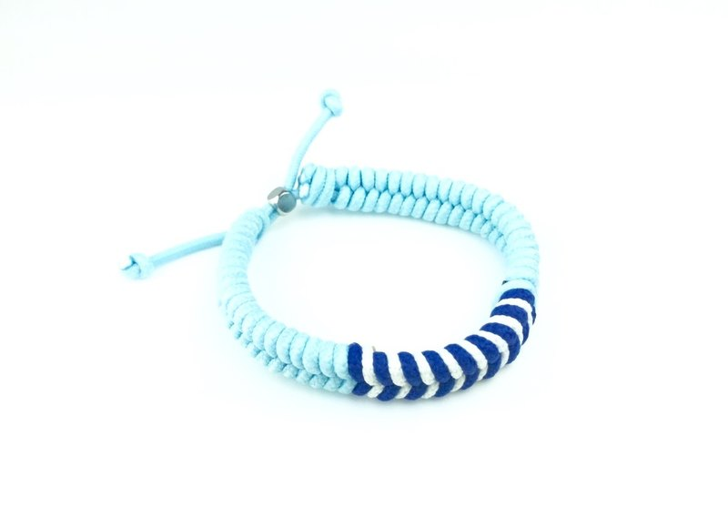 「淺藍底藍白條紋編繩」