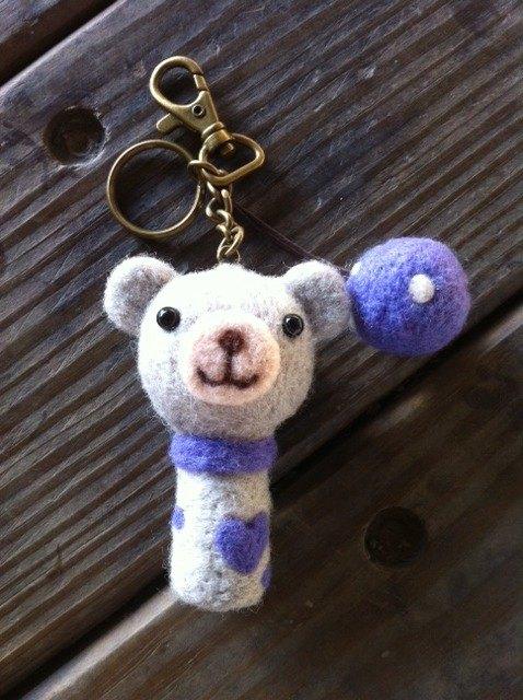 羊毛氈灰色微笑小熊鑰匙圈