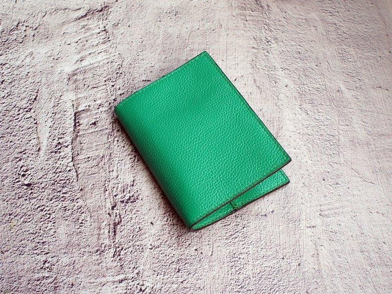 我的小旅行-蔥綠色 皮革護照本 護照套 護照夾
