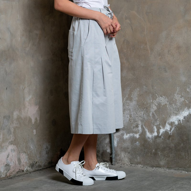 灰色棉麻七分寬褲