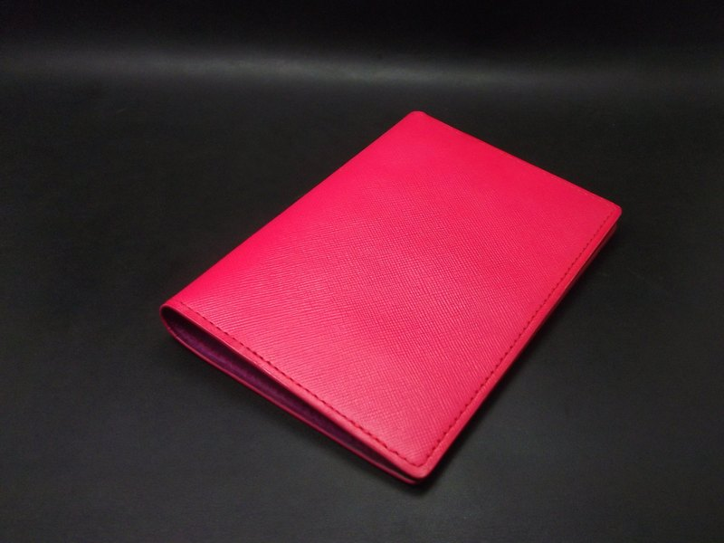 APEE皮手工~護照夾~十字細紋~粉紅