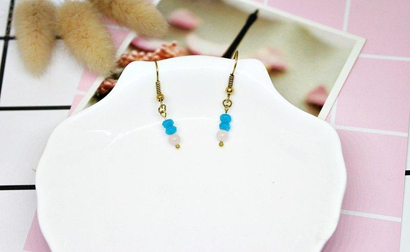 黃銅X天然石<晶粉藍光>-勾式耳環