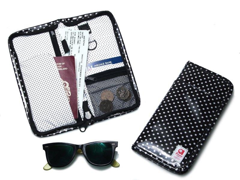 波點多功能旅行護照套錢包 - 黑色