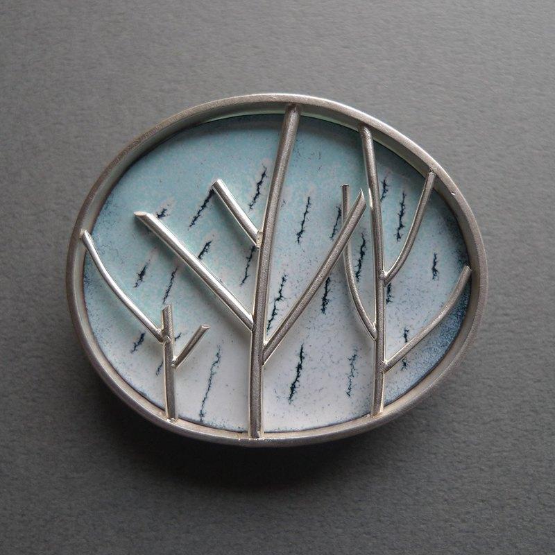 四季-冬~青冶絕色裝飾藝術胸針單品/純銀飾搭配琺瑯燒,幸福中!