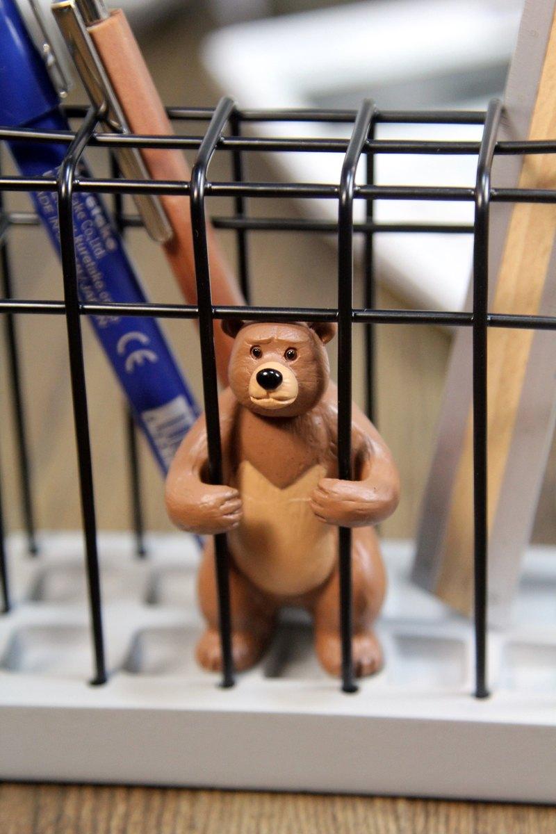 日本Magnets動物監獄造形筆筒/文具收納架 (小棕熊)-現貨