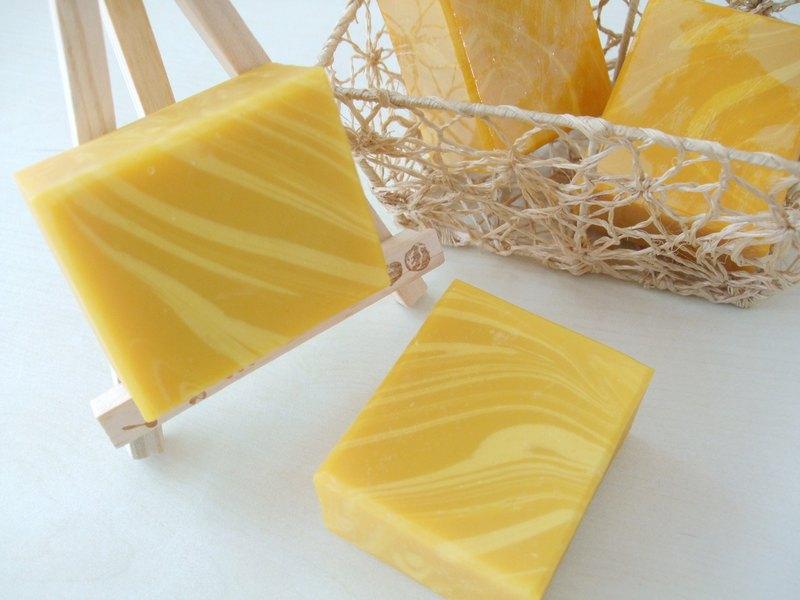 南瓜濃湯乳皂 -香橙乳皂