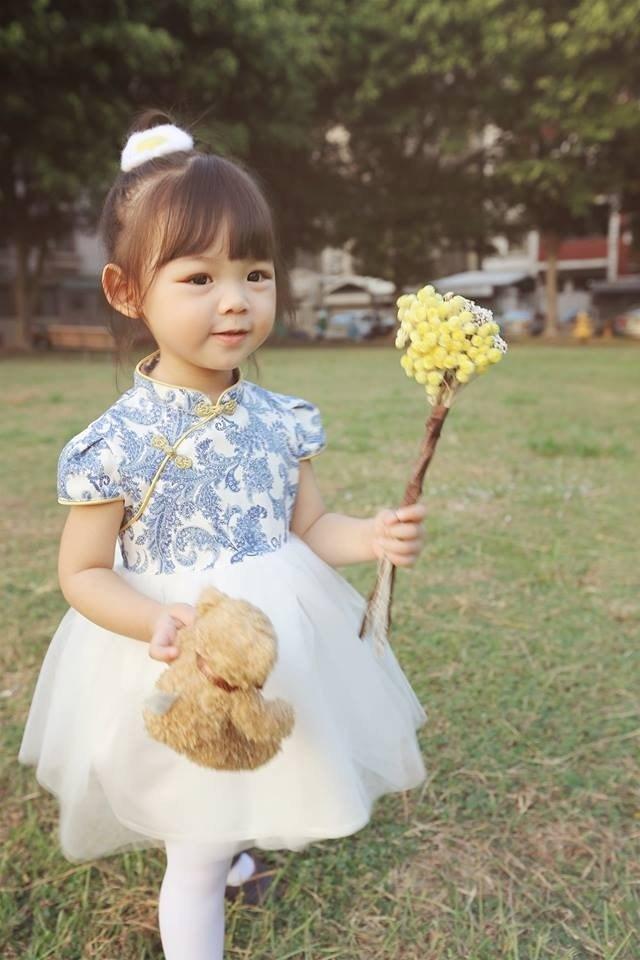 Angel Nina 訂製中國風旗袍禮服 青花瓷 花童 生日 音樂會 派對