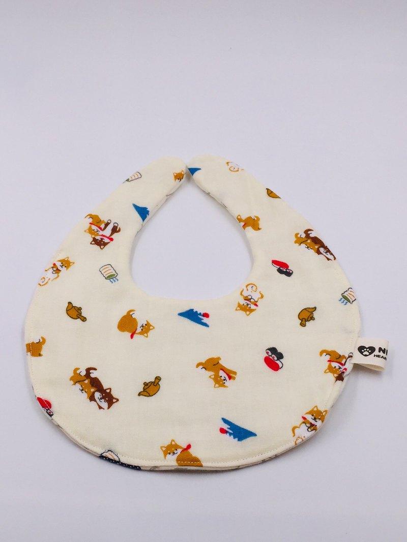 米色富士山柴犬圍兜 二重紗 口水巾  彌月禮
