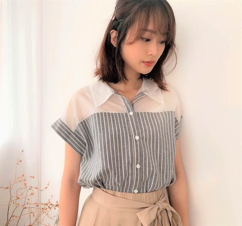 MIT棉質剪接透膚條紋襯衫(R7010A)