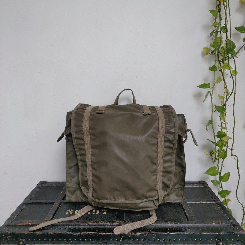 法國_軍用後背包 F2(有側袋)_R018_1
