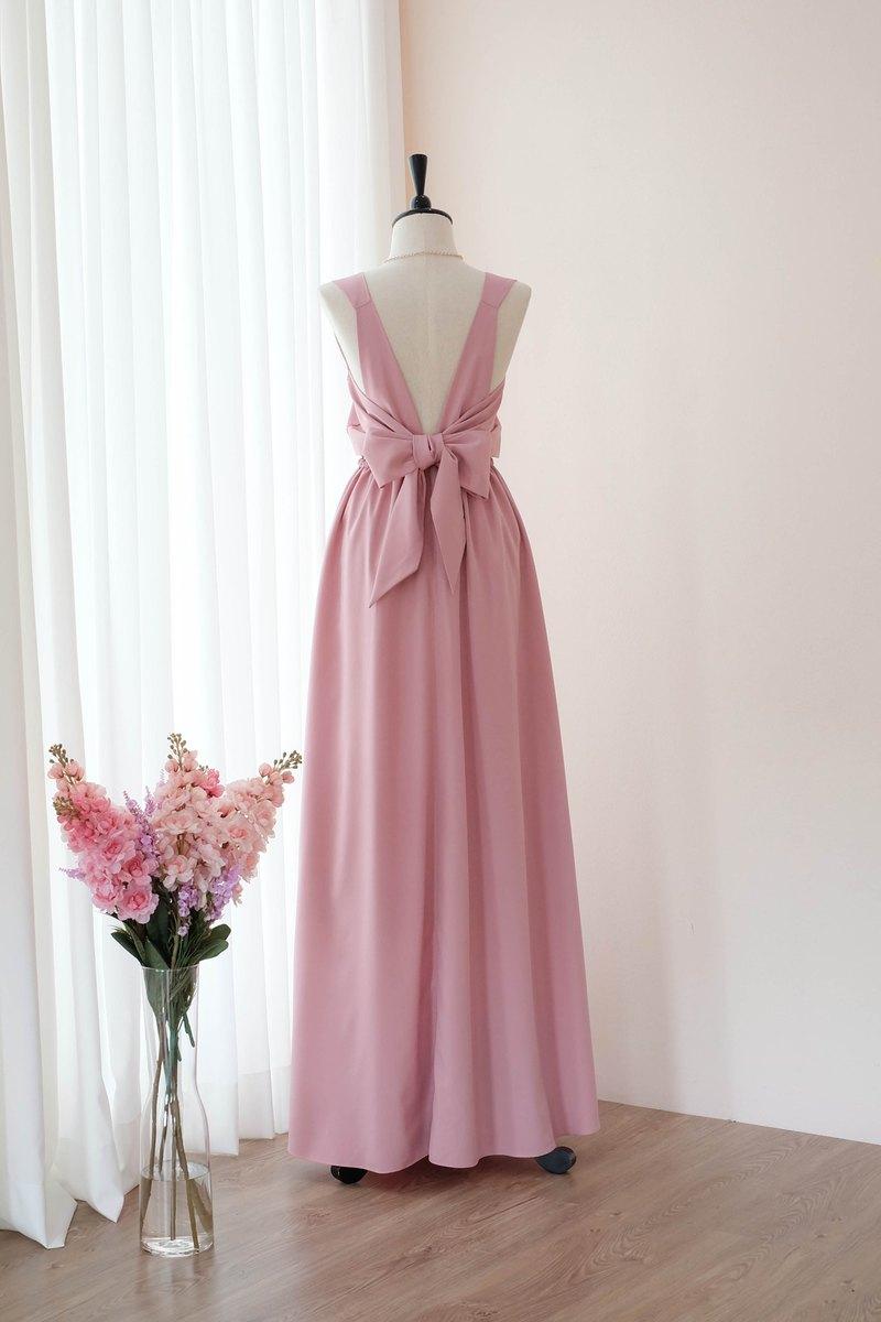 粉色裸色伴娘禮服