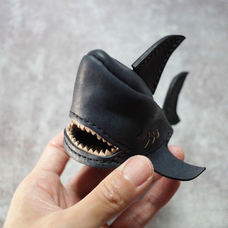純手工製 深藍 鯊魚鑰匙圈 shark Key holder