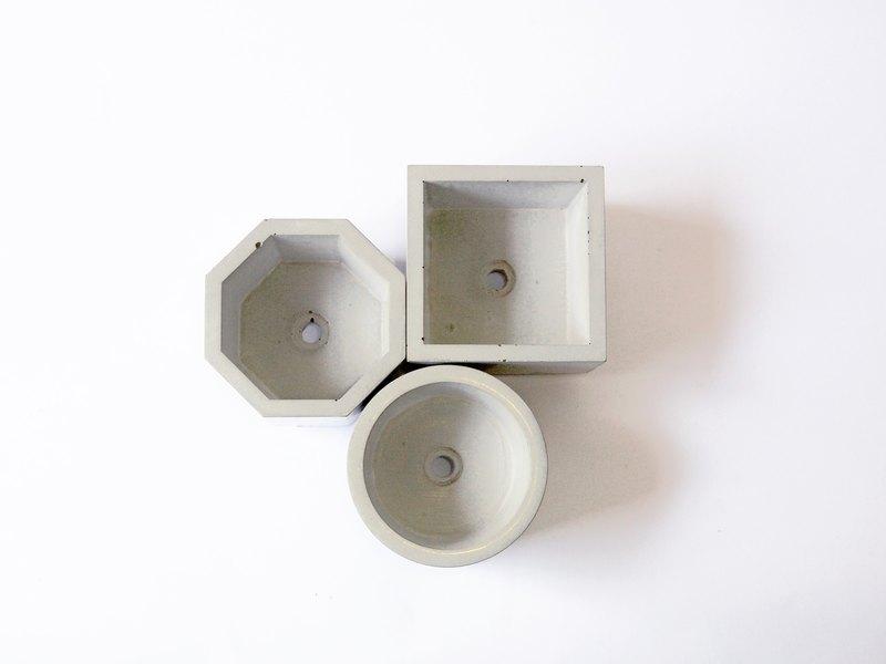 FENEN-水泥 多用途器皿 銅腳 盆栽花器 收納置物 燭台香座-全配區