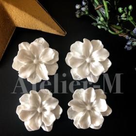 A800 Flowerホワイトなエレガントカボション(4個)