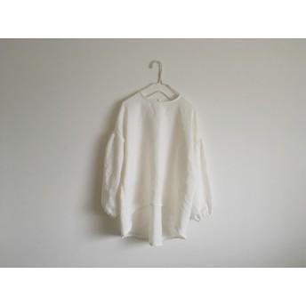 ふんわり袖のブラウス フレンチリネン ホワイト