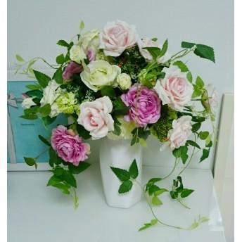 大型作品 薔薇とラナンキュラスをたっぷりと かわいらしく