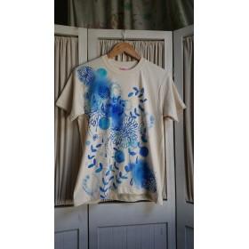 ユニセックスsサイズ 夏花 手描きTシャツ
