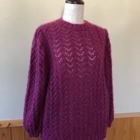 モヘアの透かし編みセーター