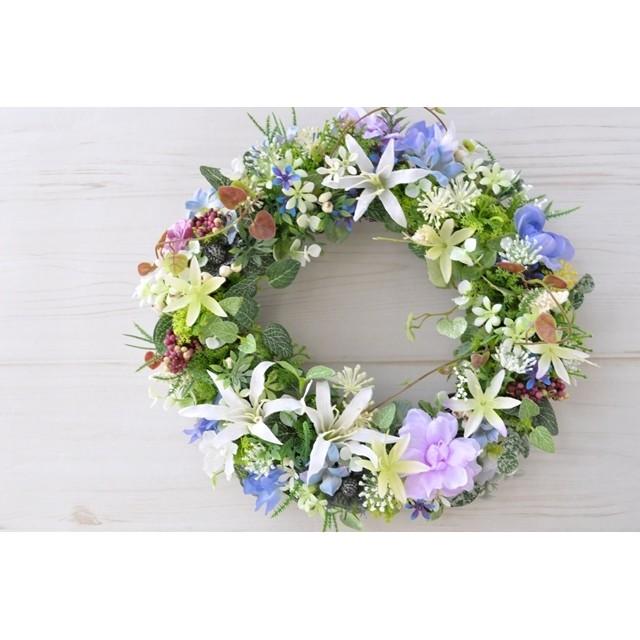 涼やかな花々 白いダイアモンドリリーとデルフィニウム:白 パープル ブルー 夏